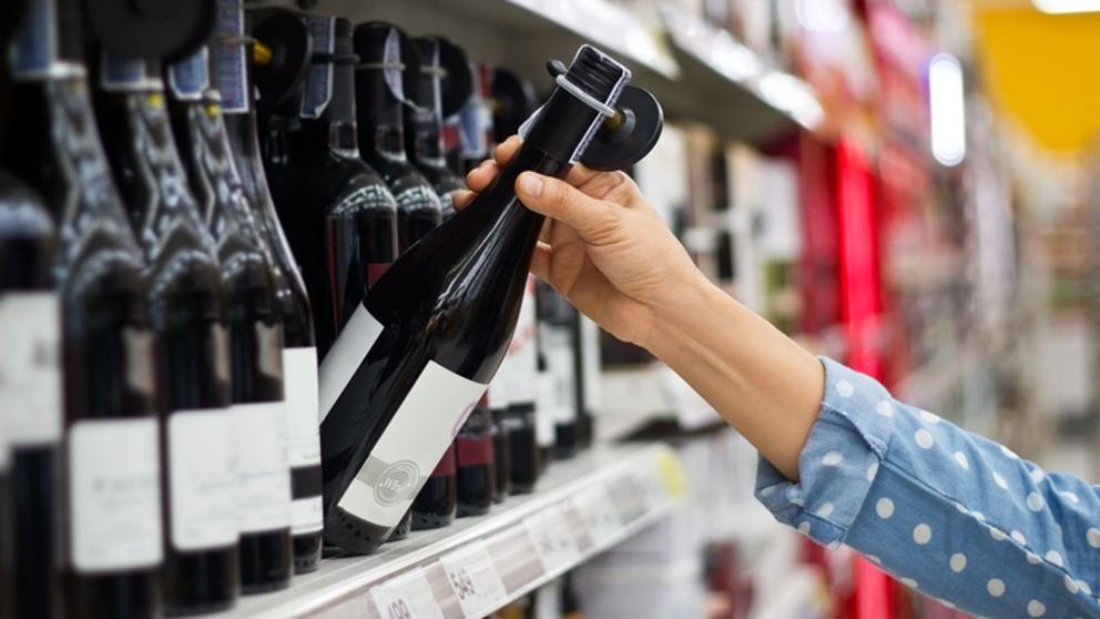 El hipermercado es el lugar preferido para comprar vino en México